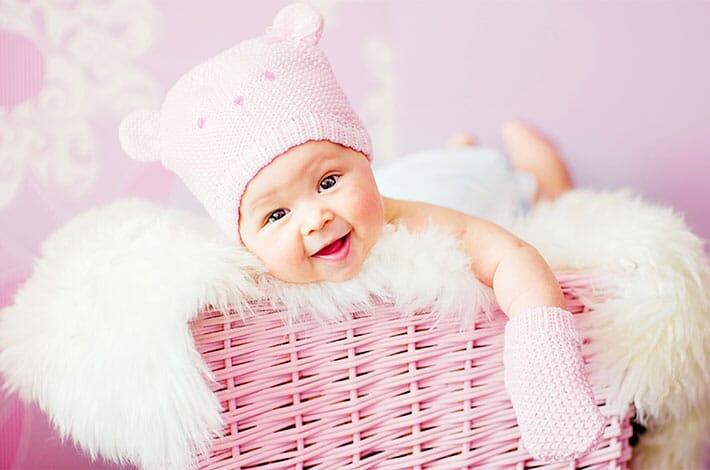 bebelus roz