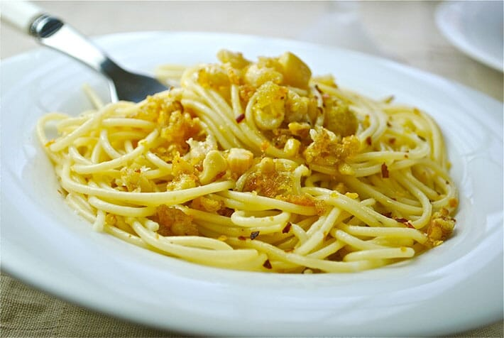 spaghete-nuci-zahar