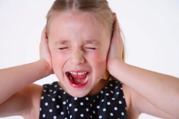 5 fraze pentru calmarea unui copil nervos