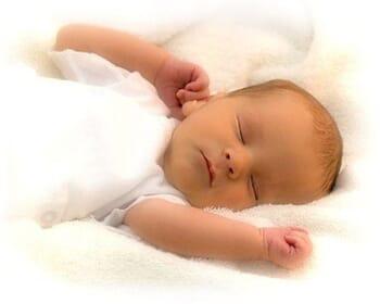 Provocările mămicilor: stabilirea unei rutine de somn